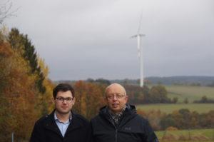Emmanuel Kunz (l.) und Karl Vermöhlen fordern eine Beteiligung ihrer Orte an den Vergütungen für Windräder.